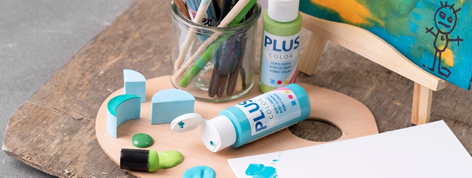 Paints and painting accessories