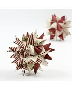 Big woven star made with paper star strips