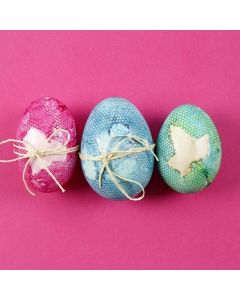 Natural Eggs with a coloured Pattern made with Tulle