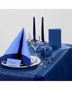 Party Inspiration with blue Table Decorations etc.