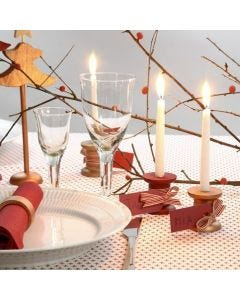 Painted wooden Bobbin Place Cards with Candles and tied-on Ribbon
