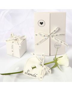 Wedding Decorations with a romantic Satin Ribbon