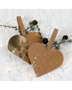 A woven Christmas Heart Basket made from Faux Leather Paper