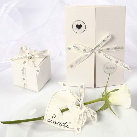 Wedding Decorations with a romantic Satin Ribbon