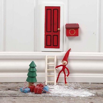 An Elf's Door – A December Fairy-tale