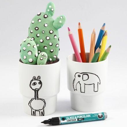 A white Mug with a black Design