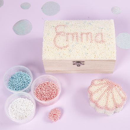 A Jewellery Box decorated with Pearl Clay