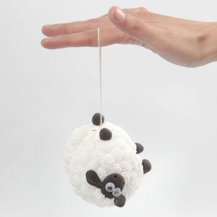 A Shaun the Sheep yoyo with Foam Clay