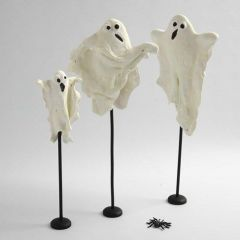 Luminescent Ghosts made from Silk Clay