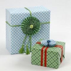 Gift Wrapping and Rosettes from Vivi Gade Paper
