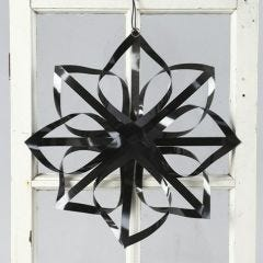 A Star made from Vivi Gade black Gloss Paper Star Strips