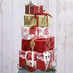 Christmas Gift Wrapping with Vivi Gade Design Paper and Decorations