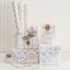 Gift Wrapping with Vivi Gade Materials in a romantic Design