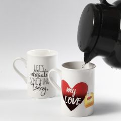 Mugs with colour-changing Stickers