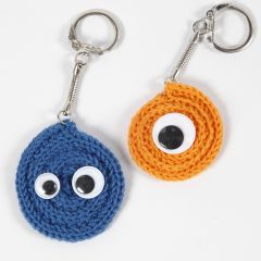 A keyring fob made from coiled knitted tube