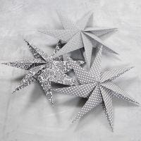 A Seven-Pointed Star made from Square Pieces of Paper