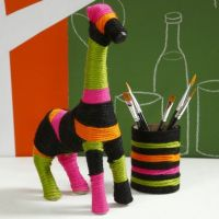 A Giraffe with Yarn