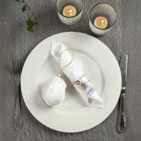 Decorating a Natural Coloured and White Easter Table