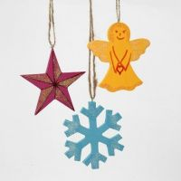 Painted wooden Christmas Hanging Decorations with Glitter